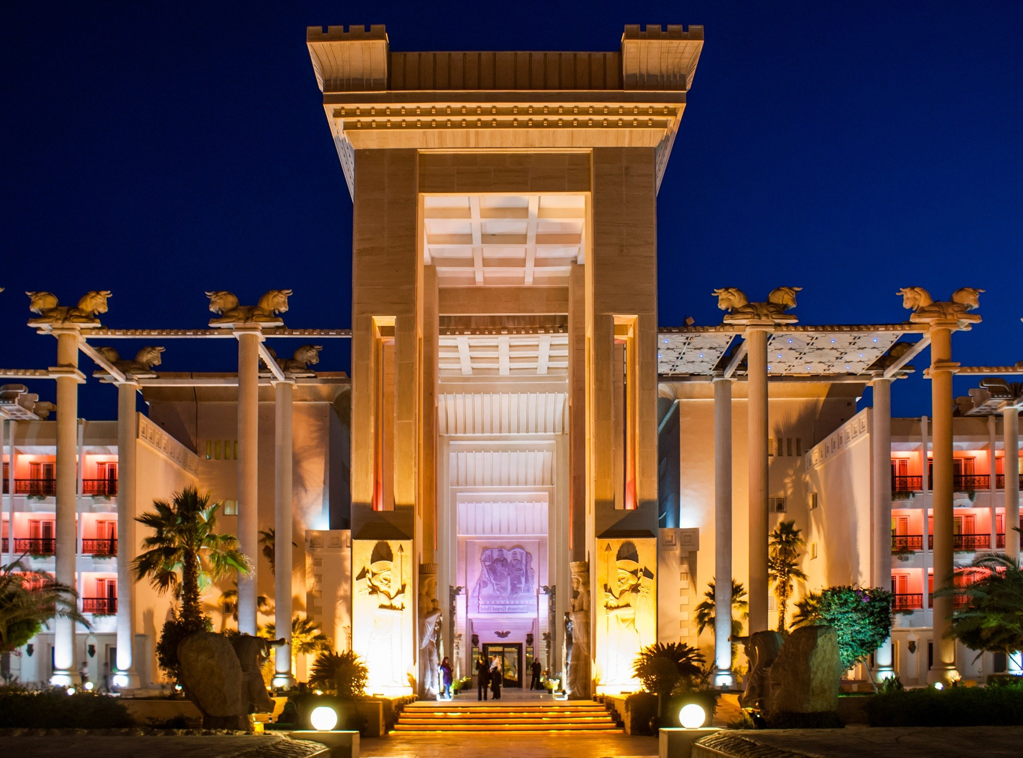Dariush Grand Hotel In Kish Island Iran