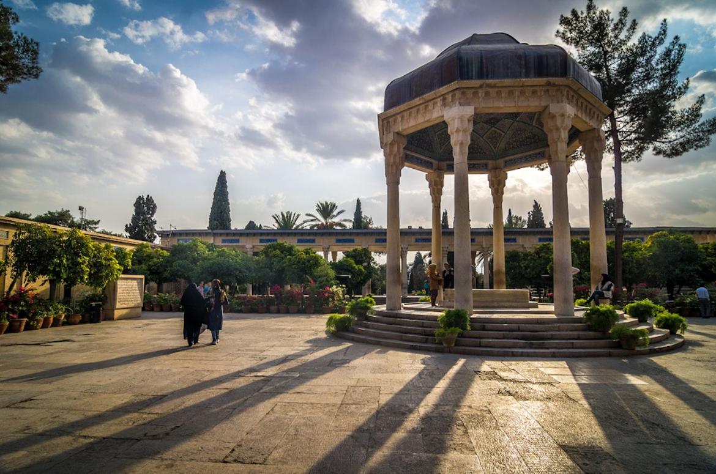 Tomp of Hafez Shirazi