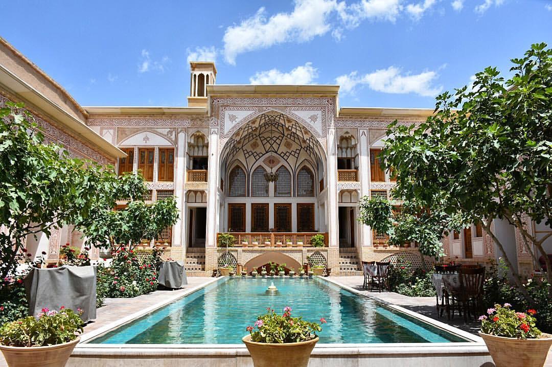Mahinestan Raheb Hotel Kashan