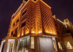 Zandiyeh Hotel  5*